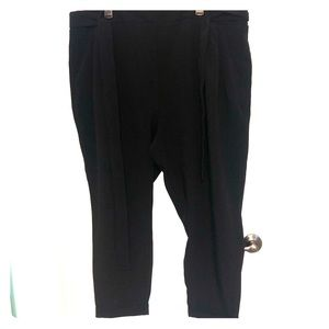 NWT Black Torrid cropped Dress Pants